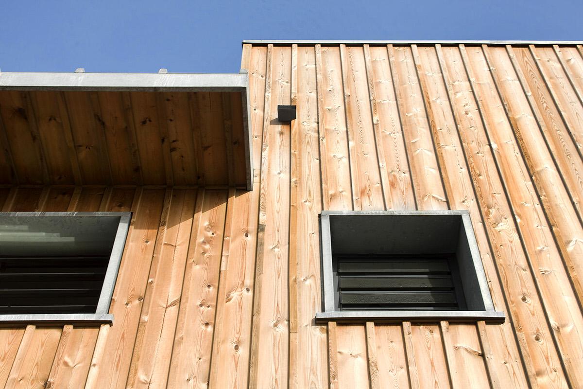 6 Oun Beach House Natural Wood Exterior Siding Detail